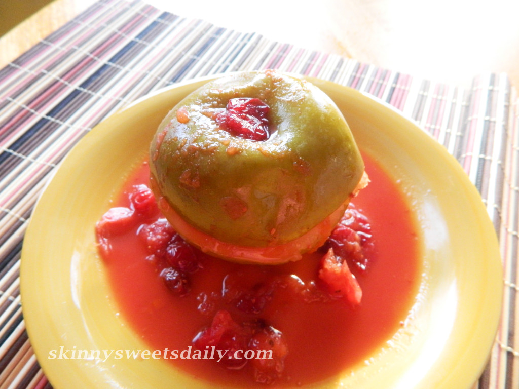 Skinny Baked Apples with Fresh Cranberries and Orange