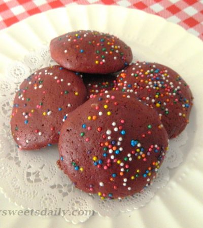 Light and Lovely Red Velvet Cake Cookies