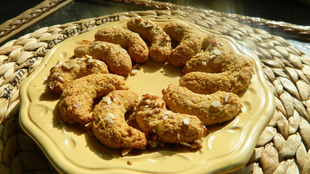 Healthy Almond Crescent Cookies
