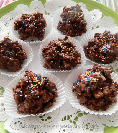 """Homemade """"Nestles""""  Crunchy Bites"""