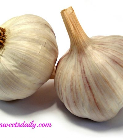 How to Remove Garlic Smell from Your Hands after Chopping