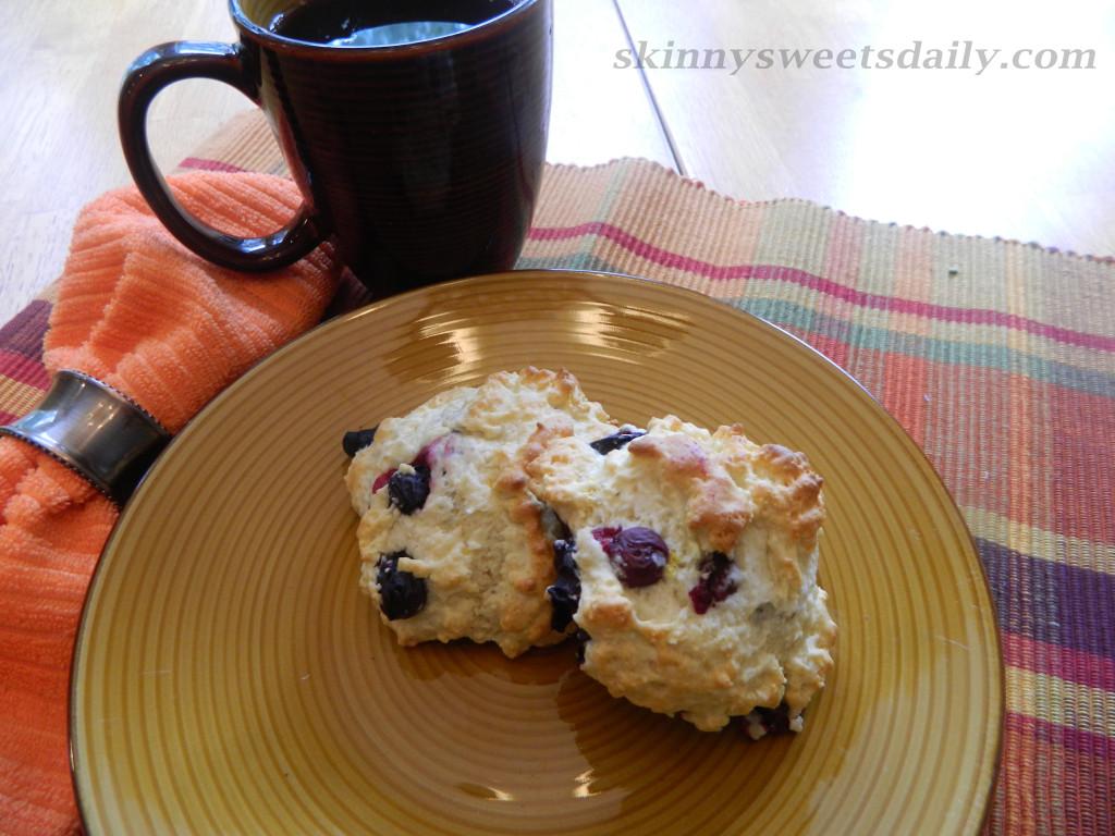 Easy, Light and Skinny Blueberry Lemon Scones