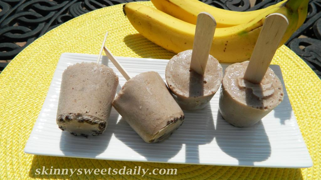 Skinny Banana Chocolate Chip Frozen Yogurt Pops
