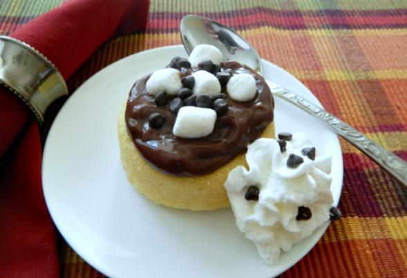 Mini Chocolate Pudding No Bake Cakes