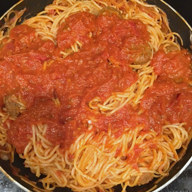one-pot-spaghetti-and-meatballs