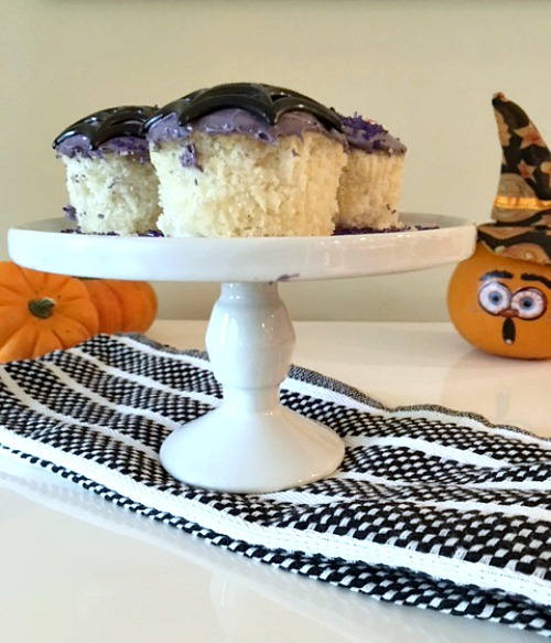 white-halloween-cupcakes-with-fluffy-purple-frosting