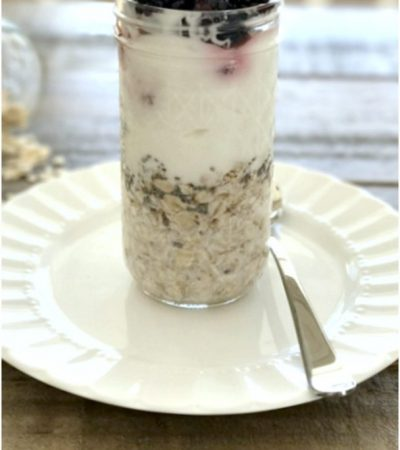 No Cook Overnight Oats and Greek Yogurt Parfait with Berries
