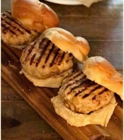 Tasty & Juicy All White Meat Turkey Burgers