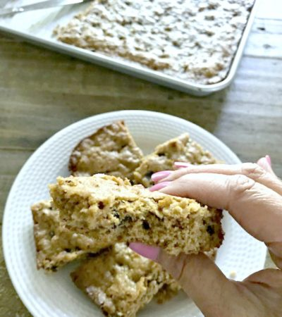 Chocolate Chip Peanut Butter Oat Bars – No Flour Added!