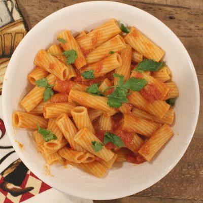 Rigatoni With Creamy Tomato Sauce