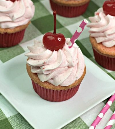 Simple Strawberry Crush Cupcakes with Buttercream Frosting
